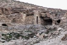 Beduin barlangraktárak